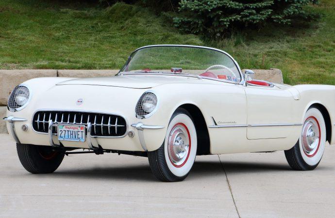 Ultra-low-mileage Corvettes set for Mecum Monterey auction