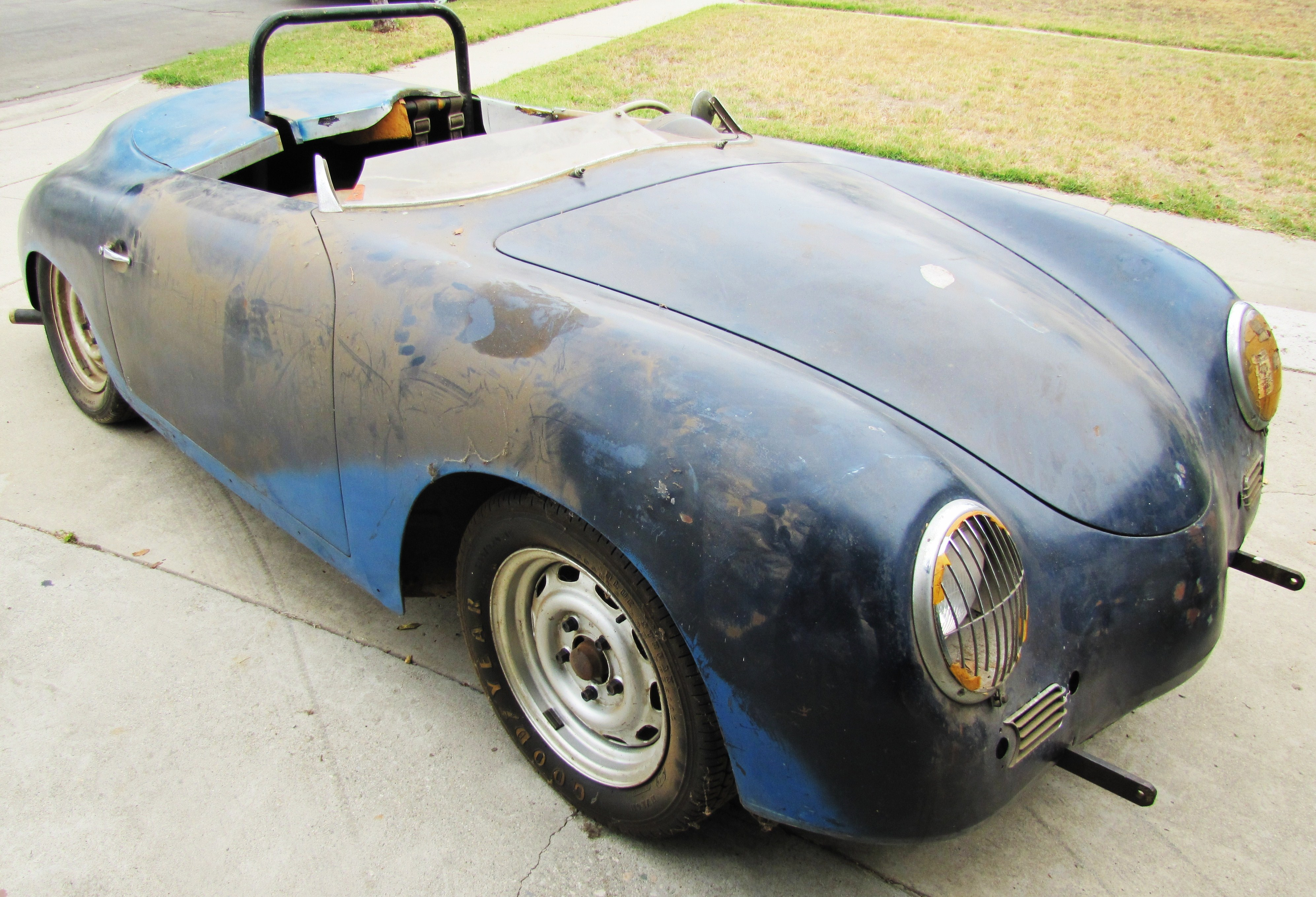 1957 Porsche Speedster \'barn find\' uncovered by ClassicCars.com ...