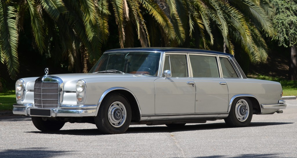 One of two Mercedes-Benz 600 limos being offered at Callas estate auction | Artcurial photos
