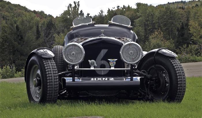 710236_21174344_1947_Bentley_Mk+VI+Special