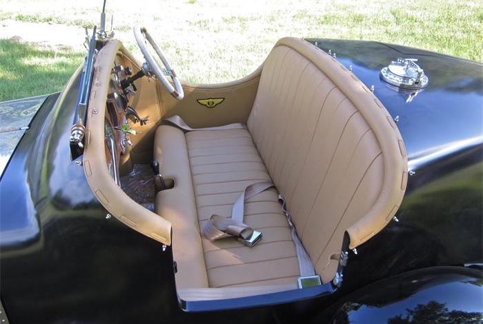 710236_21175313_1947_Bentley_Mk+VI+Special