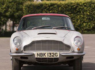 Barn-found Bentley brings $1 million at Bonhams' Beaulieu sale