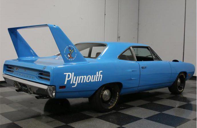 1970 Plymouth Road Runner Superbird replica