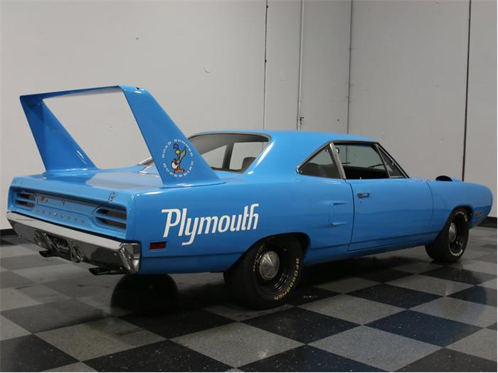Plymouth superbird roadrunner