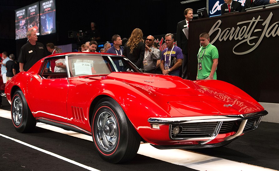 The 1968 Corvette L88 coupe sold for a resounding $330,000 | Barrett-Jackson