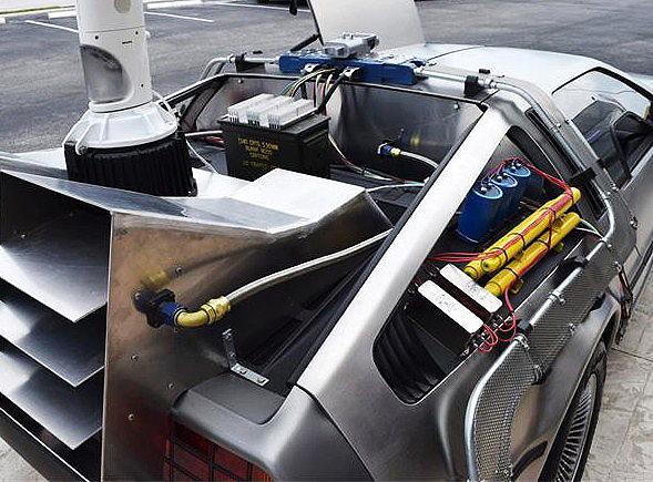 1981 DeLorean DMC-12 time machine