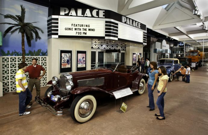 Car shows, movie this weekend at museums
