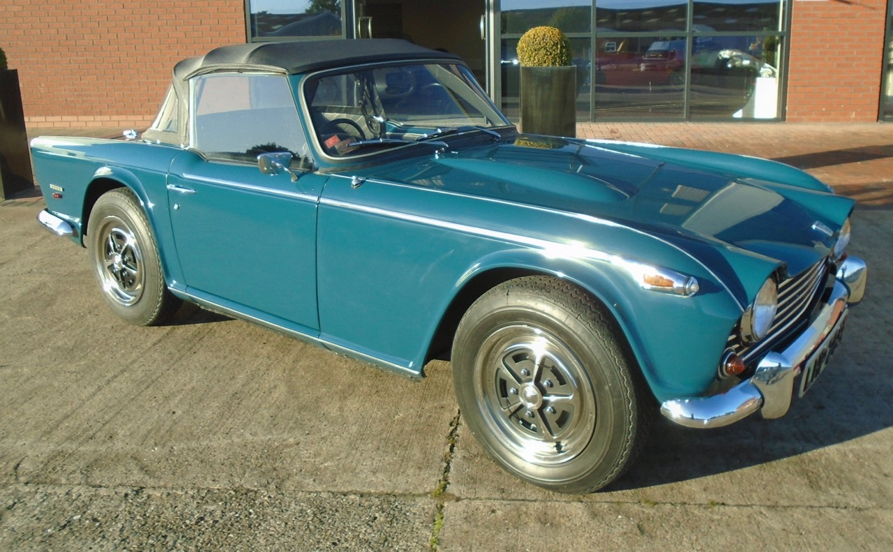 First TR Offered For Sale At British Classic Car Show ClassicCars - Car show cars for sale