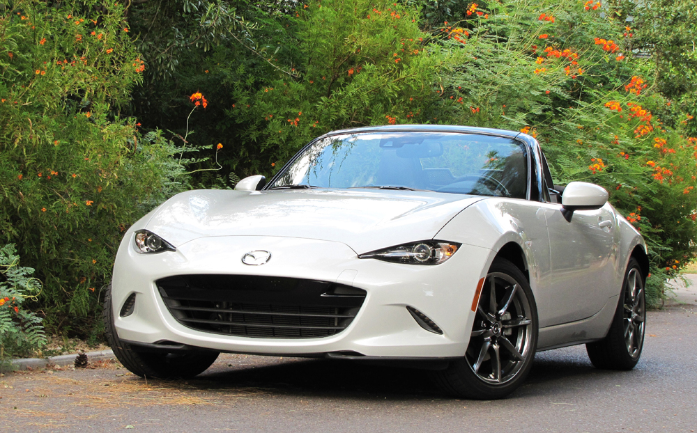 The 2016 Mazda MX-5 Miata gets sharpened styling and improved performance | Bob Golfen photos