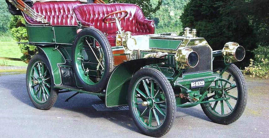 The 1904 Napier Model D45 has participated in past London to Brighton Veteran Car Runs | Bonhams photos