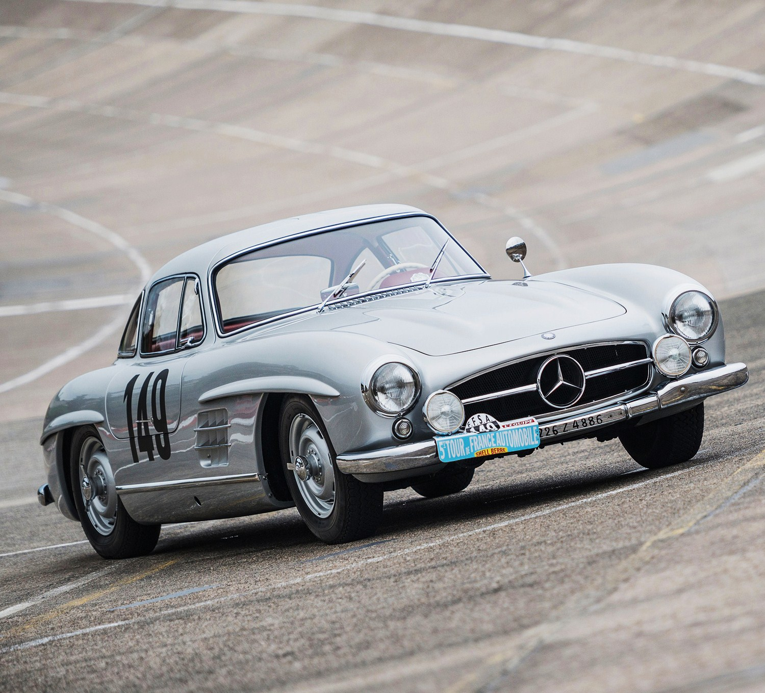 1955 mercedes benz 300 sl gullwing factory prepped racer joins rm sotheby s new york auction. Black Bedroom Furniture Sets. Home Design Ideas