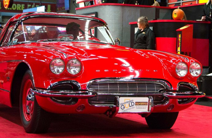 Mecum collector-car auction in Chicago surpasses $13 million