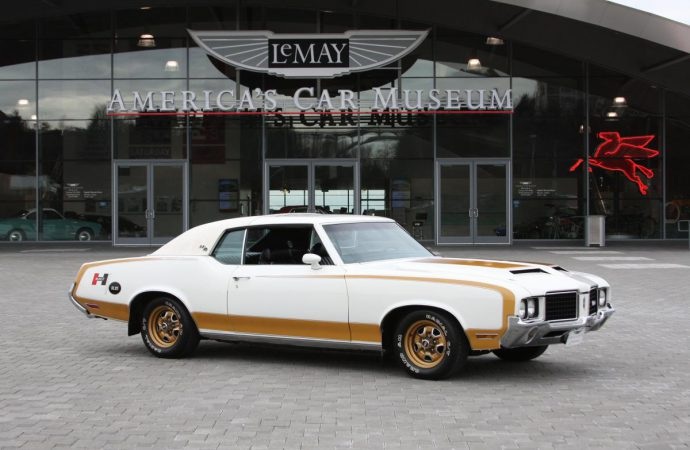 Auto museums gearing up for holiday festivities