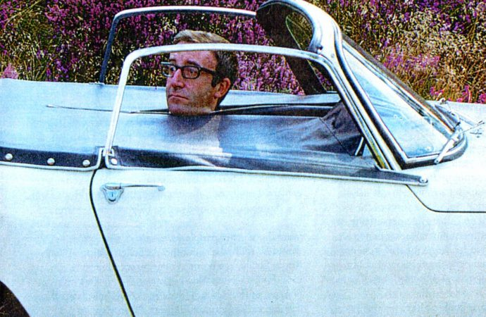 Peter Sellers-owned Lotus Elan highlights Silverstone auction
