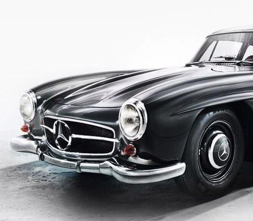 Mercedes-Benz museum selling part of its collection