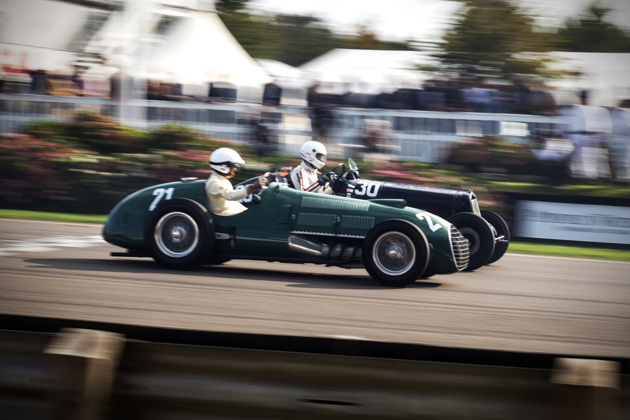 Cars race at Goodwood Revival 2015