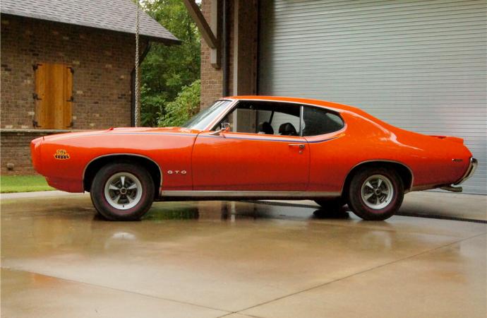 Countdown to Barrett-Jackson Scottsdale 2016: 1969 Pontiac GTO Judge Ram Air IV