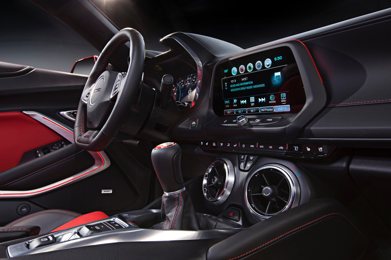 The new Camaro's new interior design | GM photo