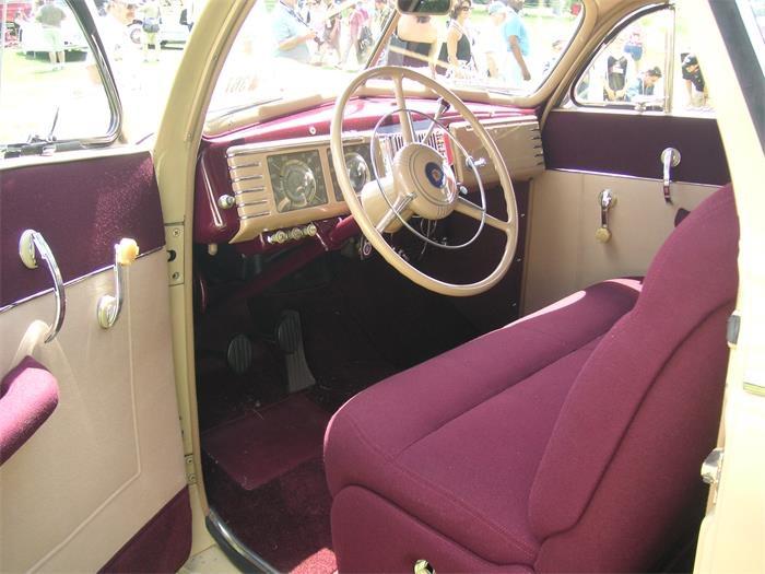 753244_22219286_1939_Chrysler_Royal
