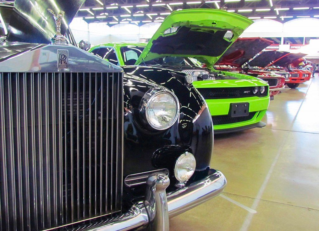 Collector car auction coverage has been a focus of Classic Car News | Larry Edsall