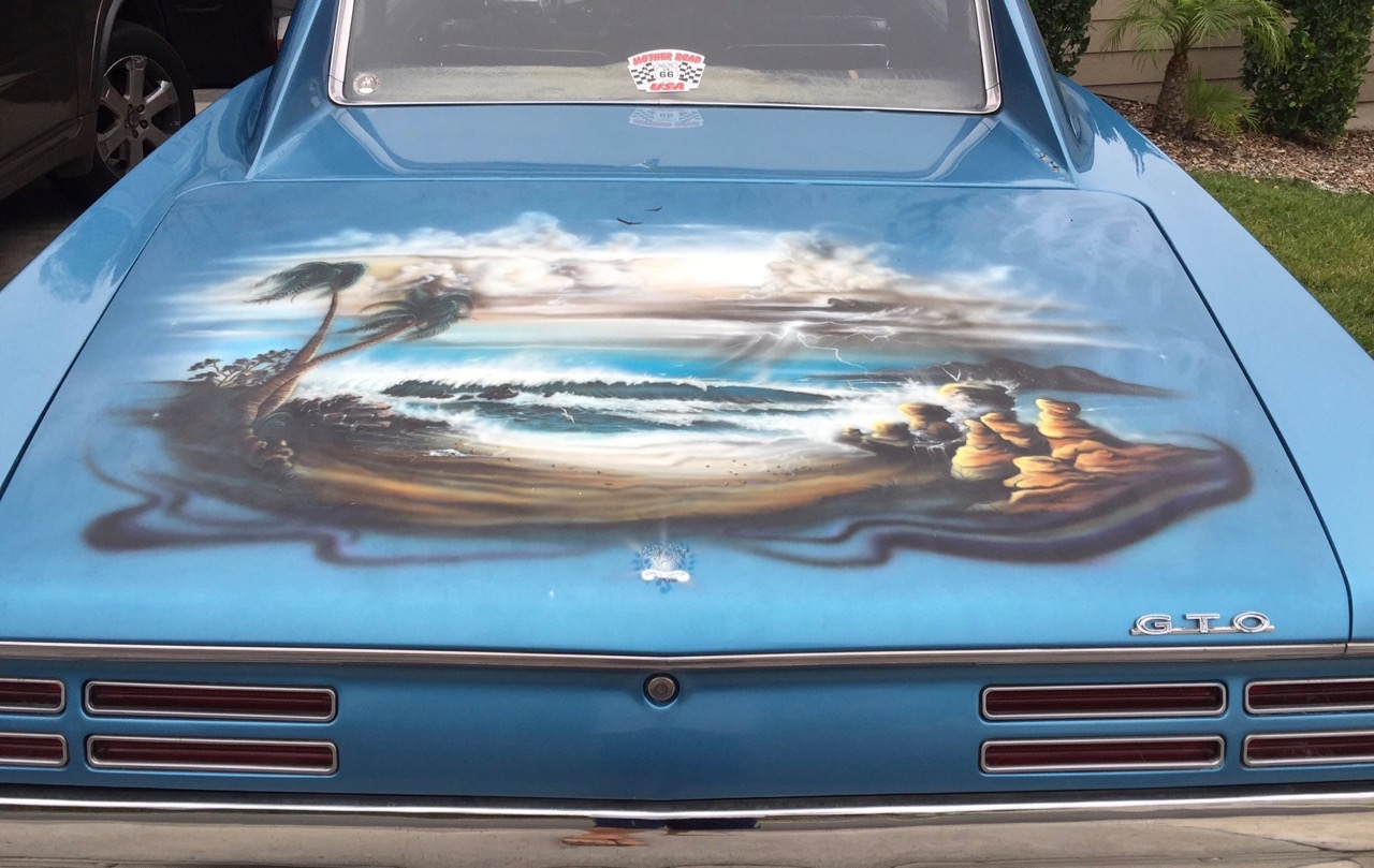 The painting on the trunk lid