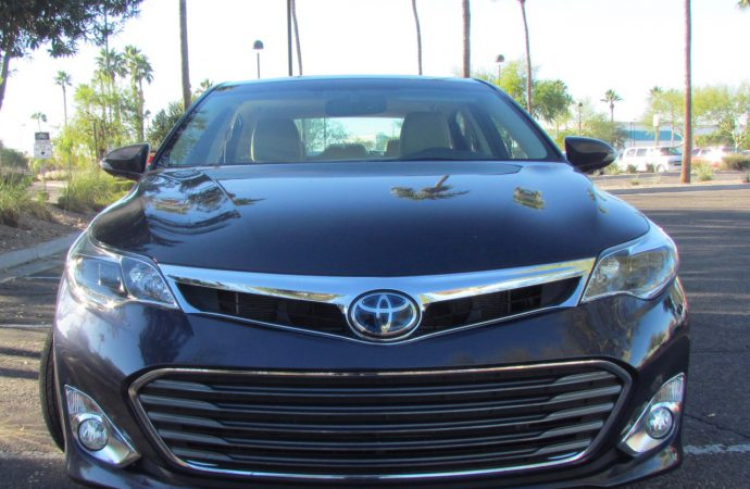 Driven: 2015 Toyota Avalon Hybrid