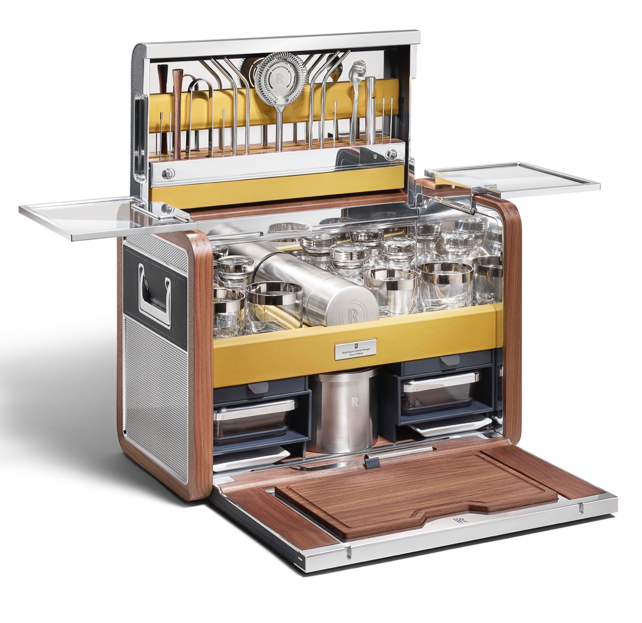 Rolls-Royce offers the $46,328 'Cocktail Hamper' | Rolls-Royce photo