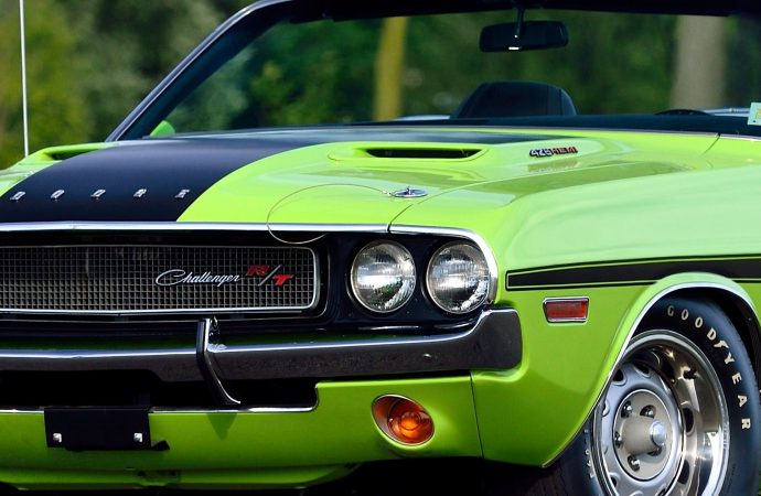 Three exceptional Hemi ragtops set for Mecum Florida auction