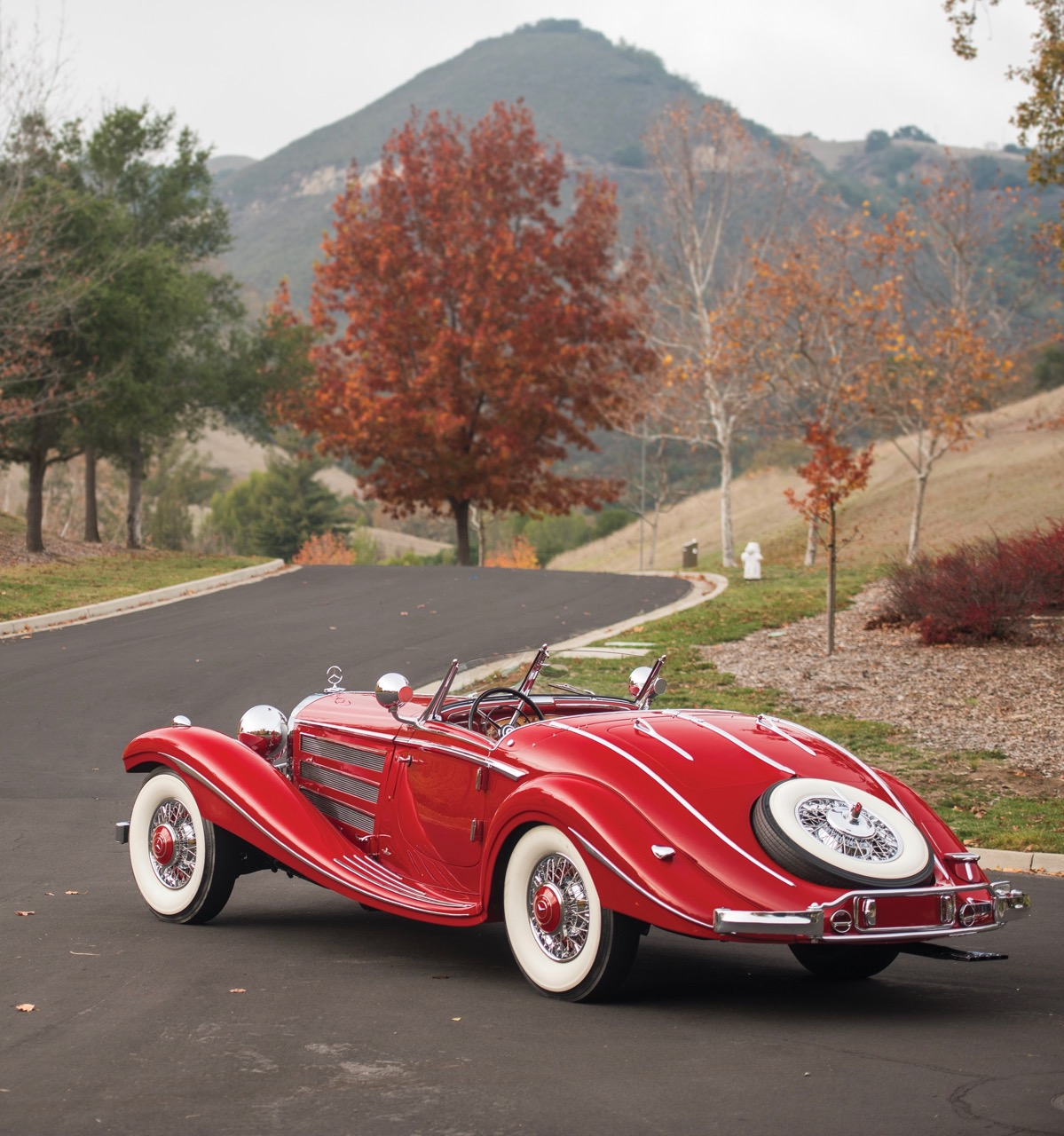 Only 7 cars worldwide sold for eight figures at classic auctions in 2015