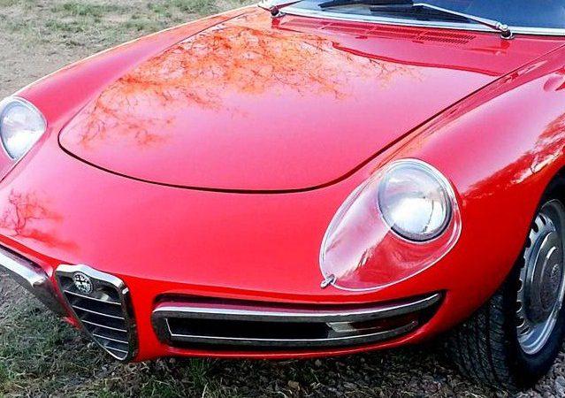 Alfa Romeo Spider 1600 marks 50 years of roadster joy