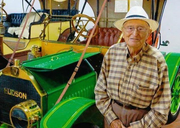 Hudson collector, museum founder Hostetler dies at 93