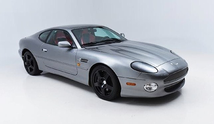 The Aston Martin DB7 Vantage was designed by the renowned Ian Callum