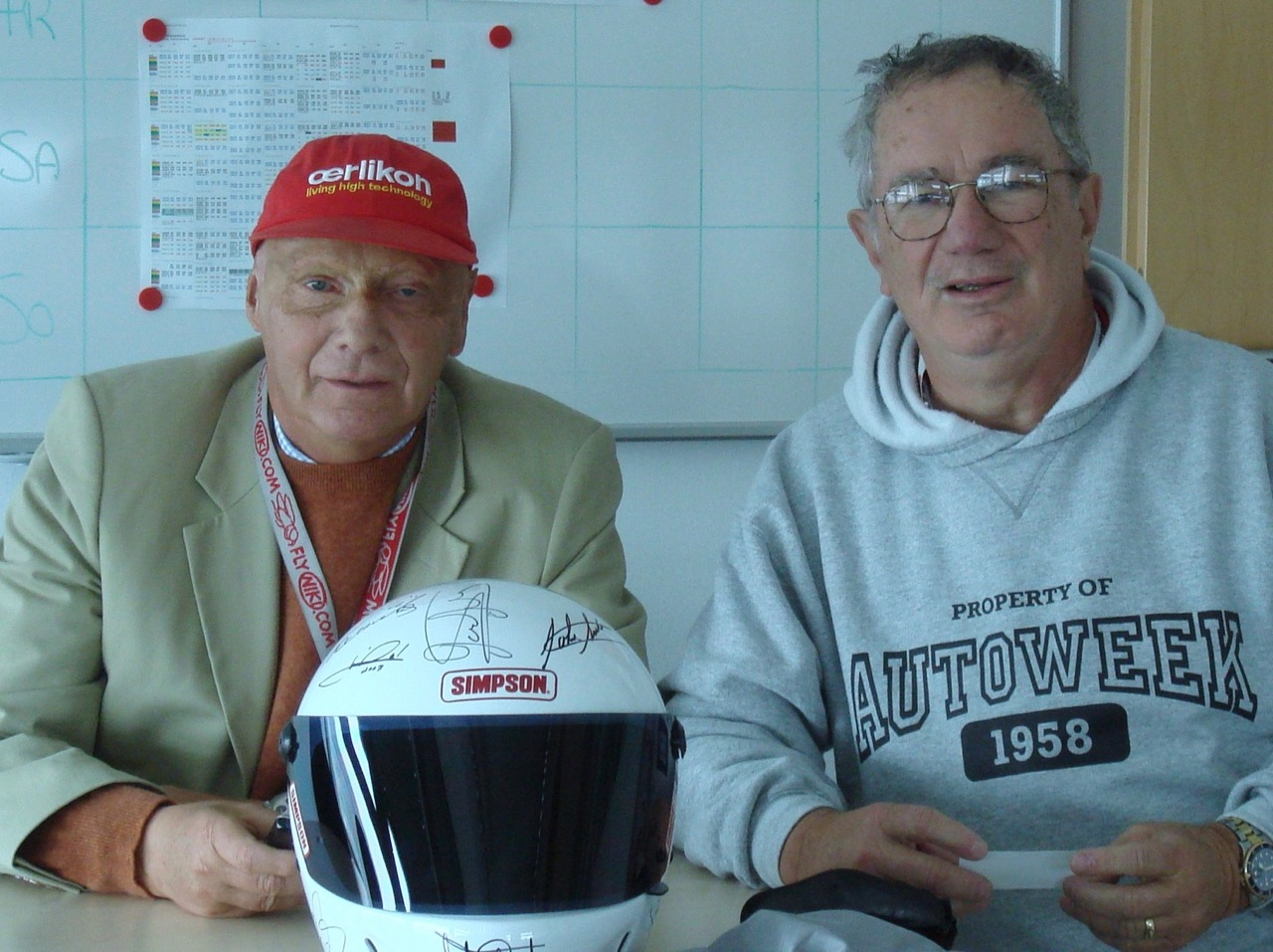 Niki Lauda and Pearce and the helmet | Pearce archive photos