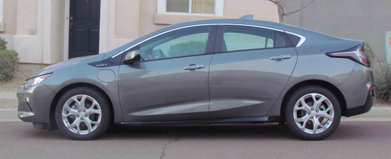 2016 Chevrolet Volt: An EV without the range anxiety | Larry Edsall photos
