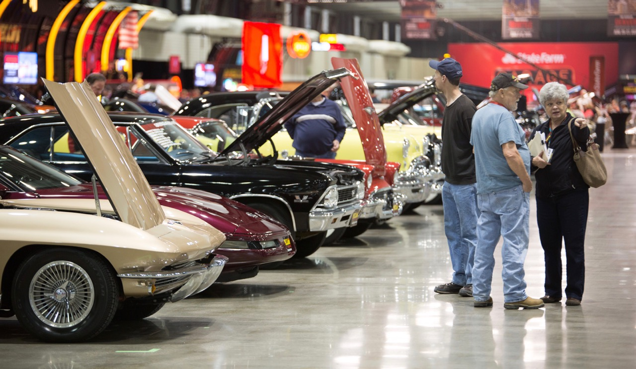 700-car docket for Mecum's KC auction reflects Midwestern values | Mecum Auctions photos
