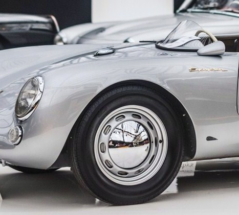 RM Sotheby's hits $21 million for 48 cars at Paris sale