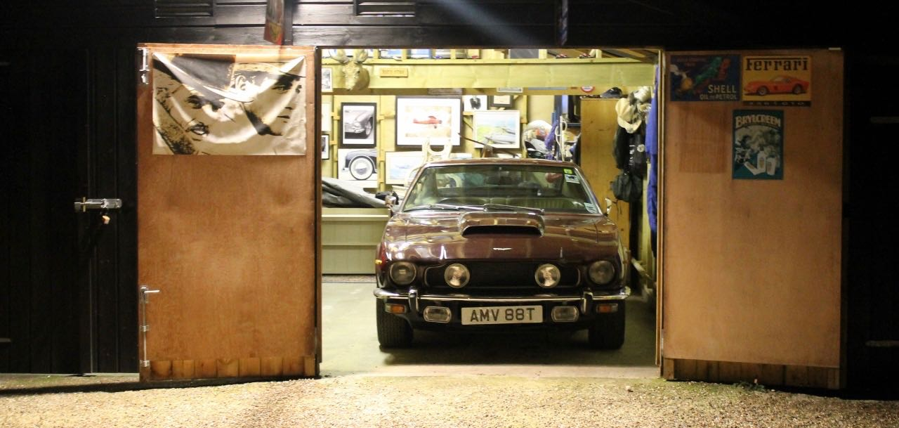 Barn-found 1978 Aston Martin V8