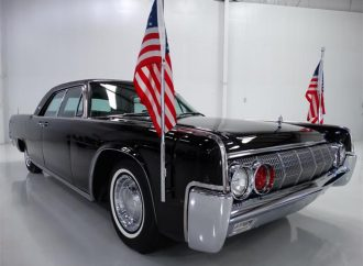 1962 Lincoln Continental Presidential limousine