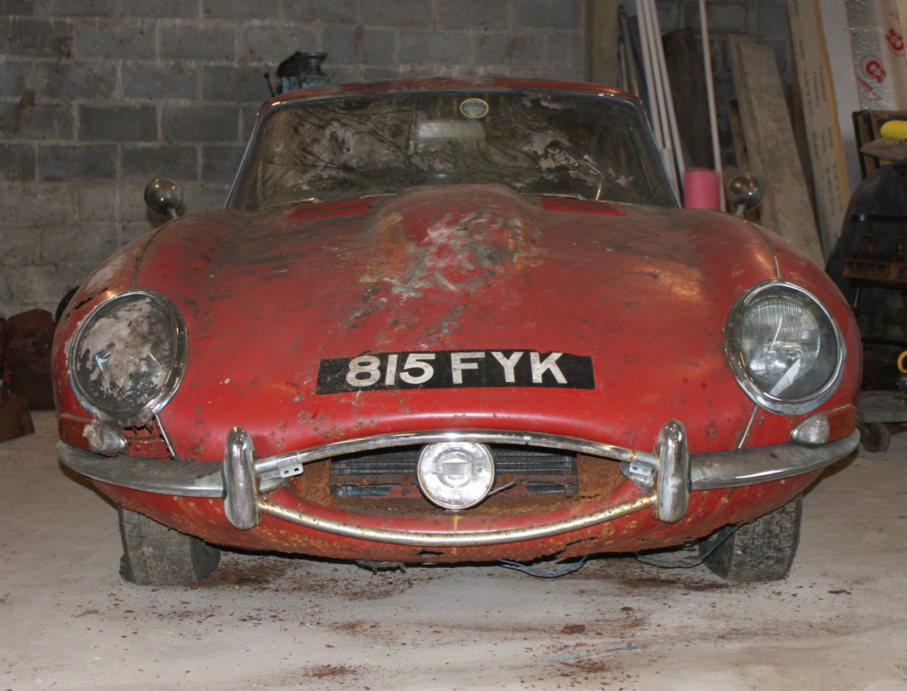 1963 Jaguar E-type originally owned by designers of The Beatles logo | Coys photos
