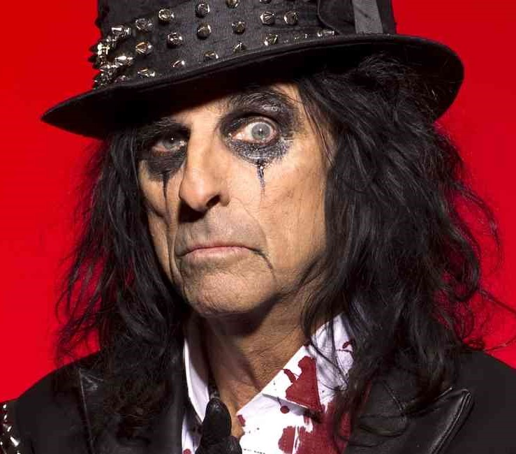 Alice Cooper in his ghoulish glory