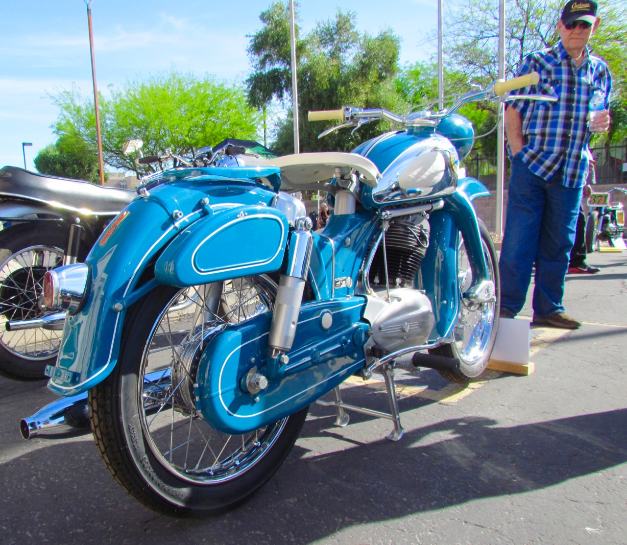 Eye Candy: 32nd Arizona Antique And Classic Motorcycle