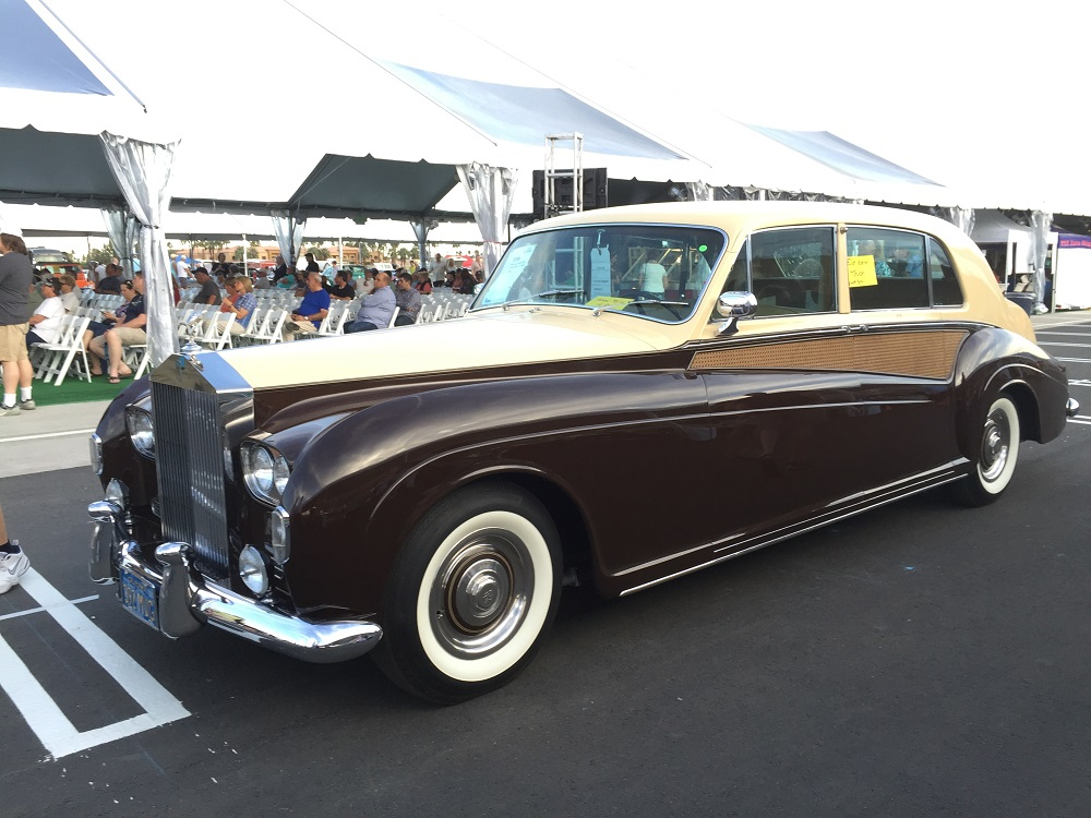 LOT 326 1964 ROLLS ROYCE PHANTOM V LIMO