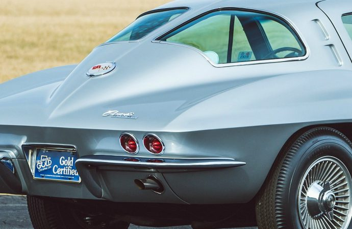 '63 Corvette Z06 Tanker heads up Mecum's Houston auction