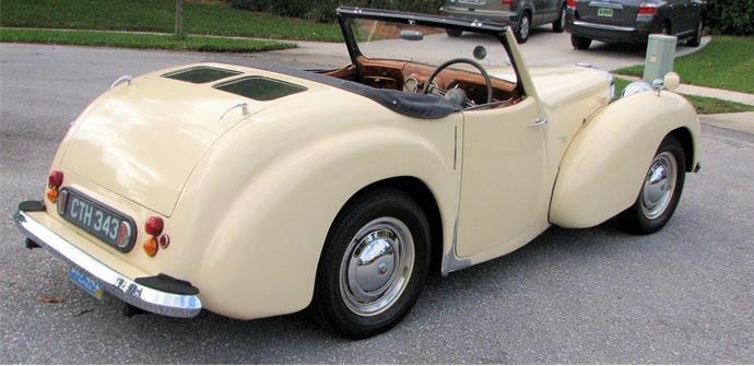 809574_23269427_1946_Triumph_1800+Roadster