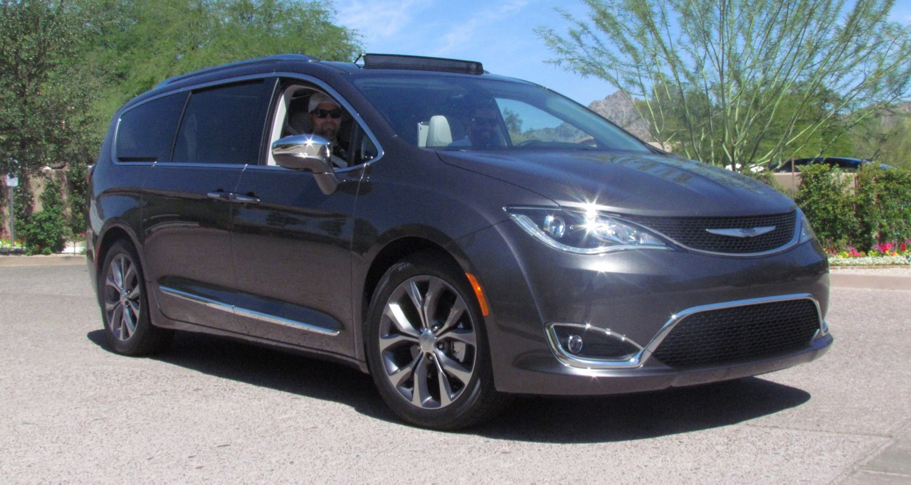 Chrysler revolutionizes the minivan with 2017 Pacifica version | Larry Edsall photos