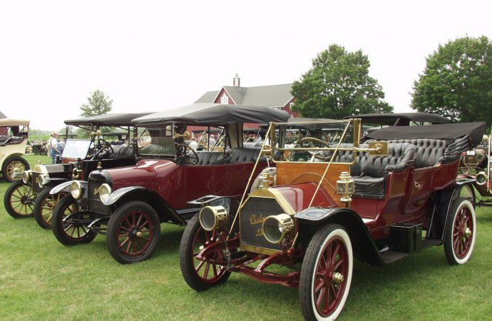 Car shows and classes at automotive museums