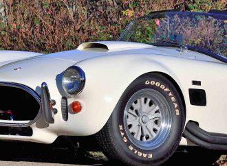 Low-mileage 427 Cobra headlines Mecum Indy auction