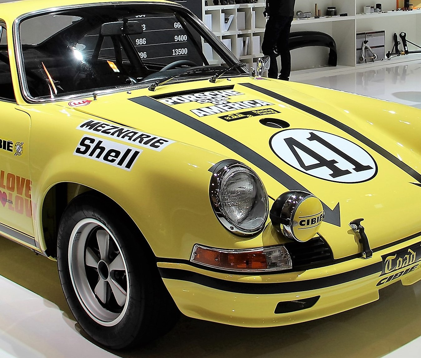 Prized 1972 Porsche 911 race car re-discovered, restored for display ...