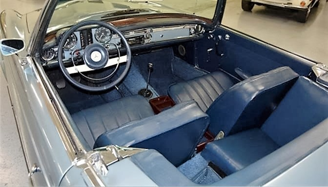 The 230SL has a comfortable and well-furnished interior