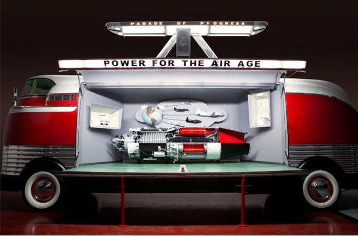 836544_23696791_1939_General+motors_Futurliner